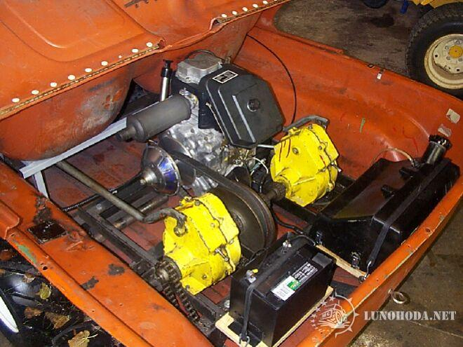 Минитрактор с бортовым поворотом своими руками