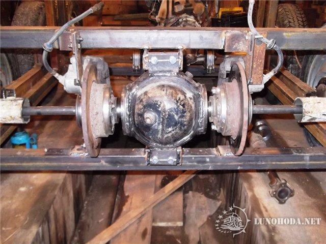 185Поворотный механизм  для трактора